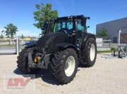 Valtra N 174 A Tractor