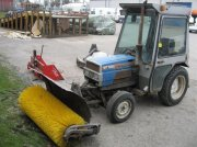 Mitsubishi MT 180 D  suport pt. Aparate