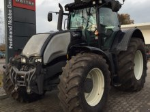 Valtra S292 Tractor