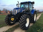 Traktor des Typs New Holland T 7.200 in Schwanstetten
