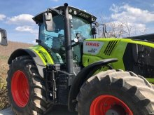 CLAAS Axion 870 C-MATIC Tractor